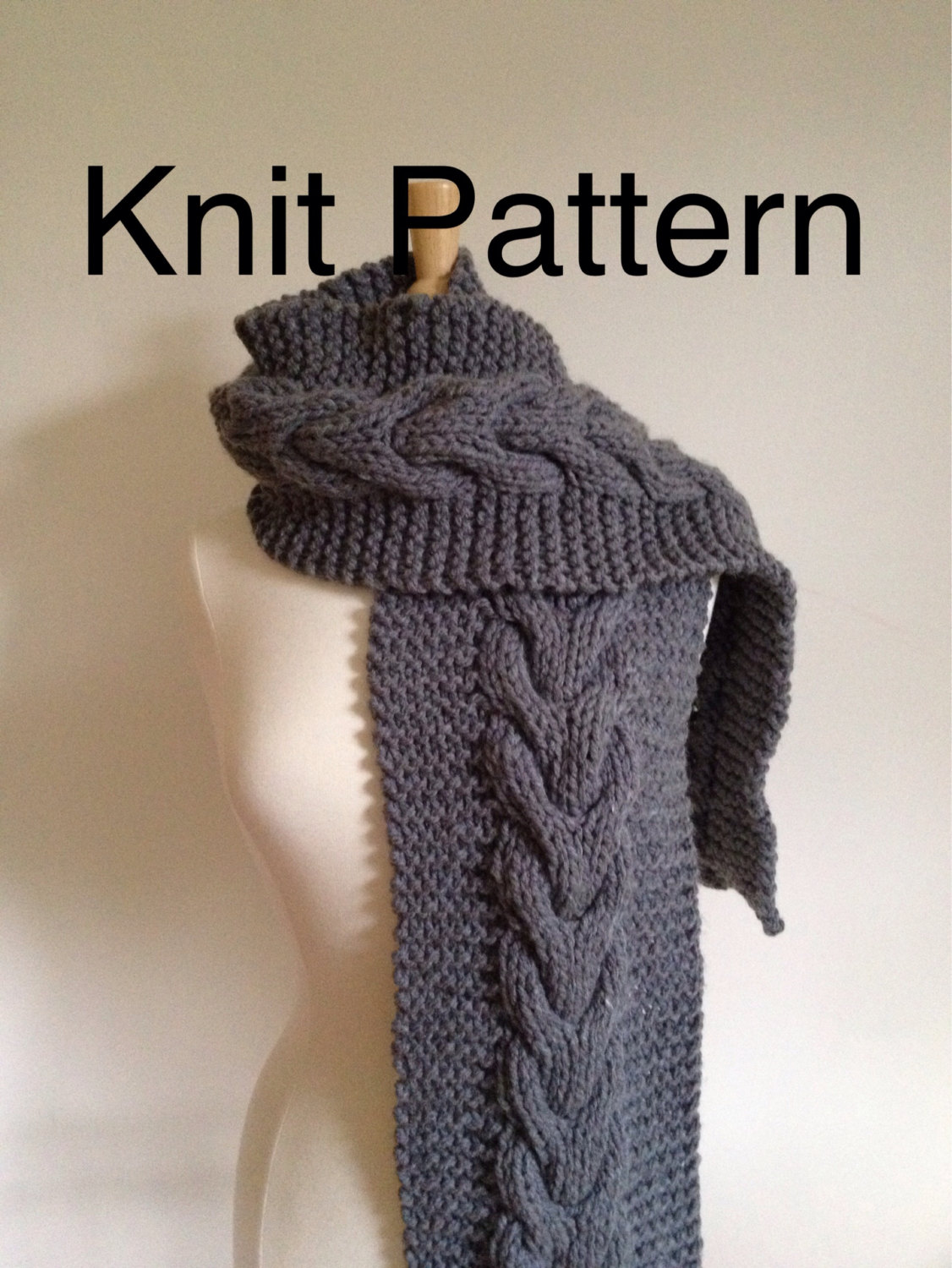 Free Knitting Pattern Chunky Cable Scarf : Knit Pattern Scarf Pattern- Hand Knit Scarf Pattern With A Horseshoe Cable - ...