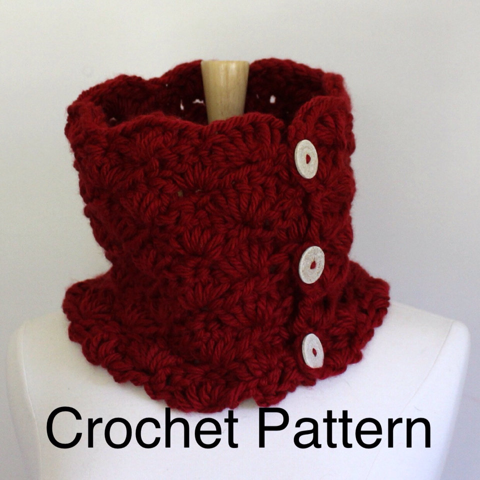 Crochet Patterns Using Chunky Yarn : Crochet Chunky Cowl Pattern - Warm Oversized Cowl Scarf ...
